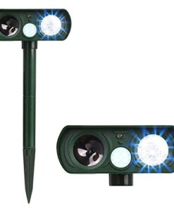 Humutan Dog Repellent, Outdoor Solar Powered Animal Chasing Deterrent,Waterproof Ultrasonic Repeller with Motion Sensor and Flashing Lights