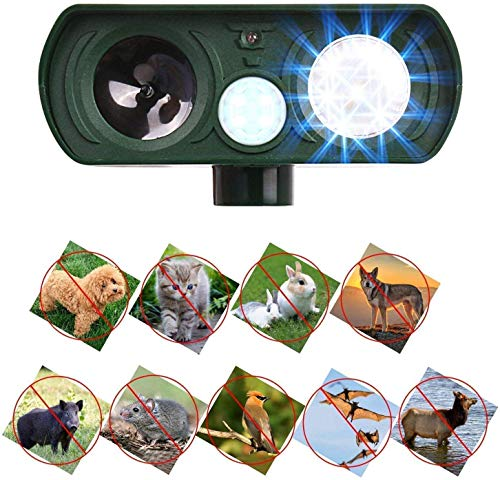 Humutan Dog Repellent, Outdoor Solar Powered Animal Chasing Deterrent, Waterproof Ultrasonic Repeller with Motion Sensor and Flashing Lights